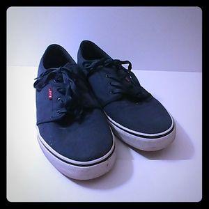 Levi's Men 13 shoes
